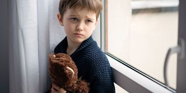 Thumb child abuse and neglect  risks  recognition and reporting